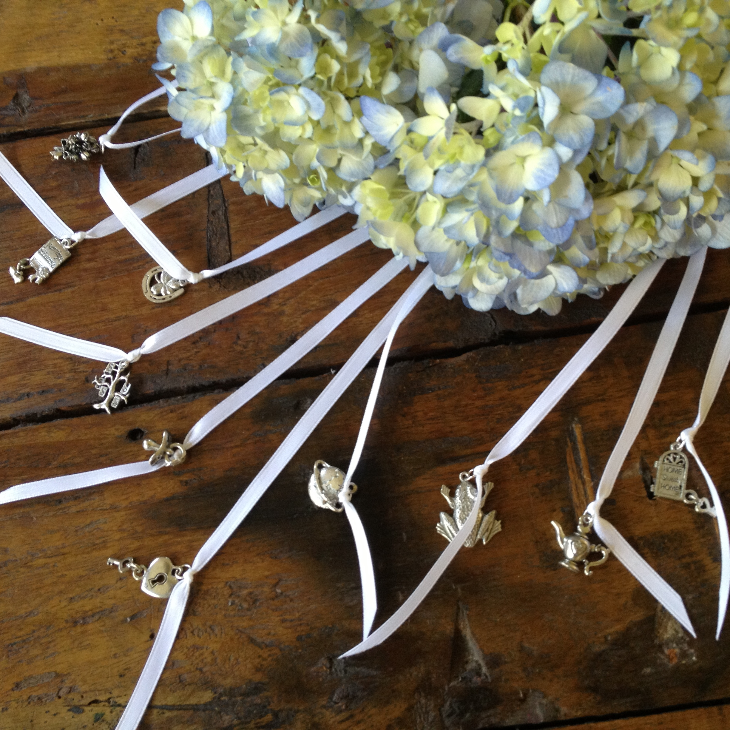 set of 10 wedding cake charms wedding cake charms and cake pulls for bridesmaid luncheon. Black Bedroom Furniture Sets. Home Design Ideas